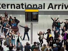 """""""Welcome back"""", il flash mob di T-Mobile emoziona e fa impazzire la rete"""